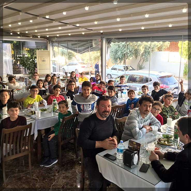 Alanya İsabet Okulları Öğrencileri şişçi İbo'da Yemek Yedi.